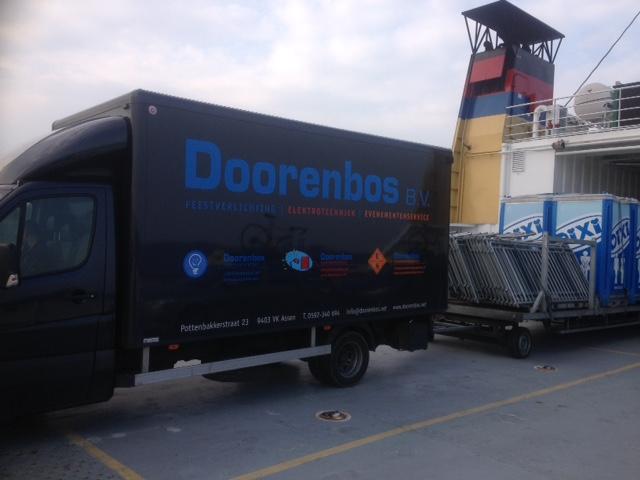 Vrachtwagen van Evenementenservice.nl